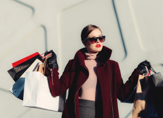 Why are fake fashion goods so popular?