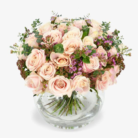 Learn floristry insider secrets with Moyses Stevens